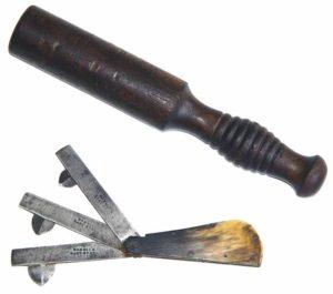Инструмент для кровопускания с молотком